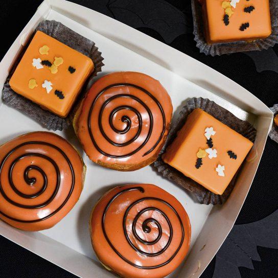 Halloweenmunkit ja -leivokset